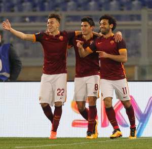 during the Serie A match between AS Roma and ACF Fiorentina at Stadio Olimpico on March 4, 2016 in Rome, Italy.